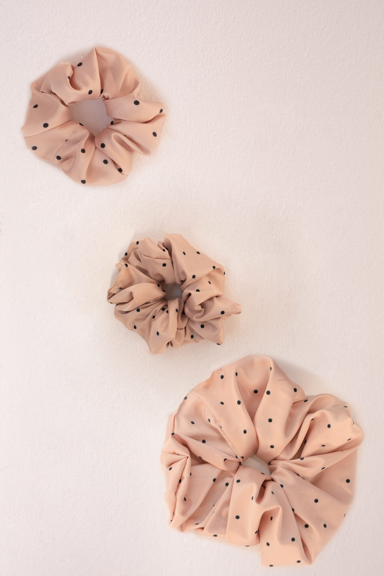 Silk Scrunchie Oh Girl image featured